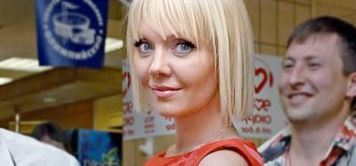 Певица Валерия покидает Россию