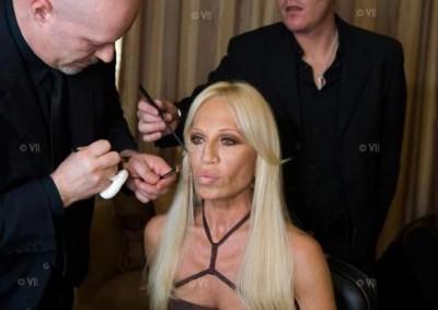 Директор Дома Versace Донателла Версаче (8 фото)
