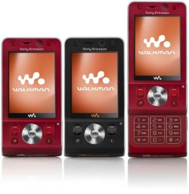 Телефон W910 и K850 поступят в продажу в октябре
