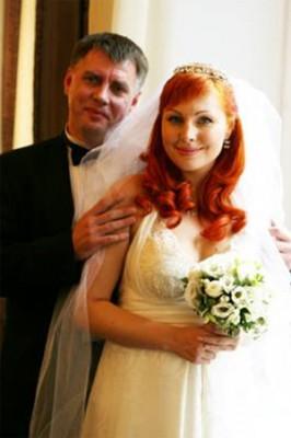 Даша Букина вышла замуж за адвоката, который ждал ее 6 лет