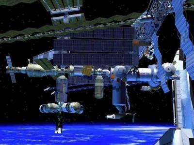 Пятнадцатый экипаж МКС и малайзийский космонавт вернулись на Землю