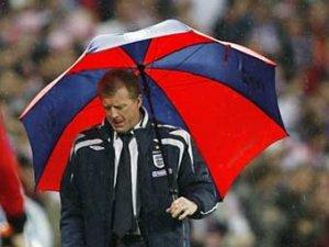Стив Макларен уволен с поста главного тренера сборной Англии