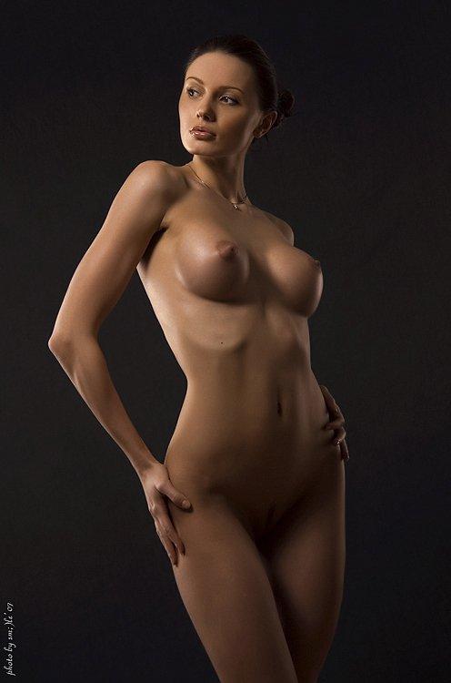 Фото голая девушка с отличной фигурой 28024 фотография