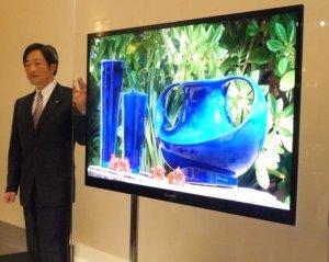 """Новый рекорд Sharp: 65"""" ЖК-телевизор толщиной 20 мм"""