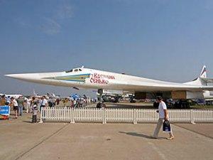 Над Красной площадью пролетит бомбардировщик Ту-160