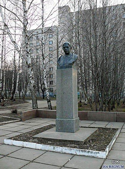 Памятники недорого цена чебоксары заказать памятник саратов норильск