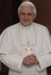 Папа Римский рассылает SMS прихожанам