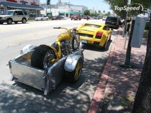 Lamborghini Gallardo с мотоциклетным прицепом (7 фото)