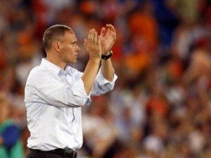 Ван Бастен оценил шансы сборной России на победу на Евро-2008