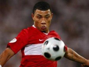 Полузащитник сборной Турции обвинил немцев в нечестной игре