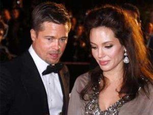 Фотографии близнецов Питта-Джоли проданы за 14 миллионов долларов