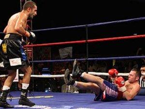 Российский боксер потерял титул чемпиона мира
