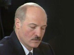 Александр Лукашенко подписал закон о СМИ