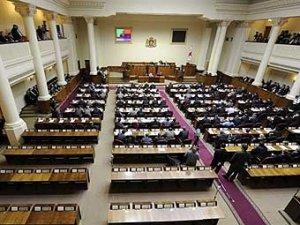 Военное положение в Грузии вводится на 15 дней