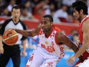 Российские баскетболисты одержали первую победу на Олимпиаде