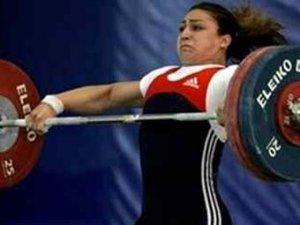 Тяжелоатлетка принесла сборной России бронзу Олимпиады