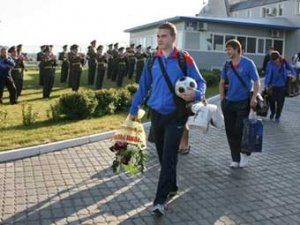 Хиддинк назвал состав сборной России на матч с Голландией