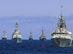 В Черное море идут еще два боевых корабля НАТО