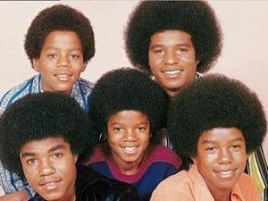 The Jacksons воссоединились ради премии без Майкла Джексона