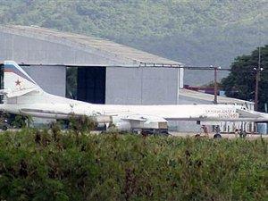 Российские Ту-160 вышли на патрулирование южноамериканского побережья