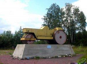 Самые необычные памятники в России (24 фото)