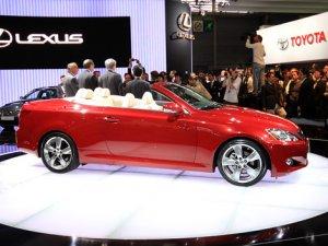 Lexus IS 250 обзавелся складной алюминиевой крышей