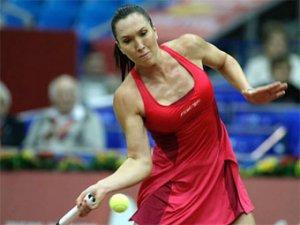 Вера Звонарева проиграла Елене Янкович в финале Кубка Кремля