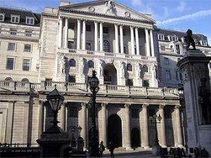 Убытки от финансового кризиса приблизились к трем триллионам долларов