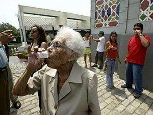 Перуанцам разрешили приходить на работу пьяными