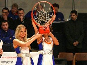Пермский клуб продаст сломанное баскетболистом кольцо
