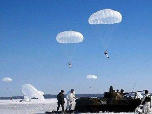 """Западные эксперты признали российскую армию """"бумажным тигром"""""""