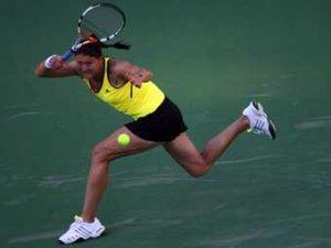 Сафина и Звонарева вышли в четвертый круг турнира в США