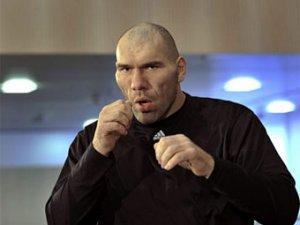 Менеджер Валуева назвал условие боя с Кличко