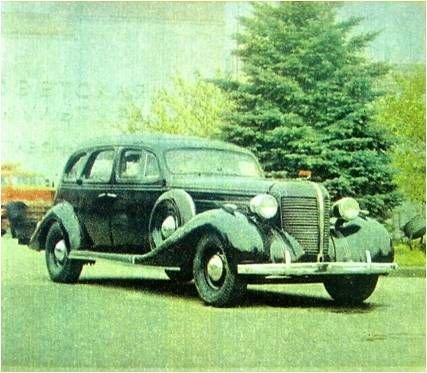 Легковые автомобили СССР (24 фотогра…
