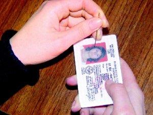 В России введут электронные водительские права
