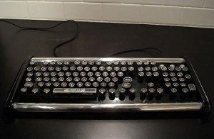 Ретро-клавиатура в стиле стимпанк