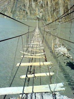 Опасные мосты (36 фото)