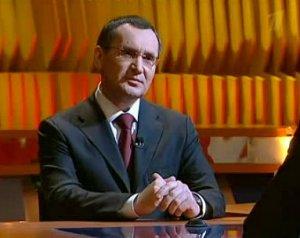 За три года доверяющих главе Чувашии чебоксарцев стало вдвое меньше: опрос