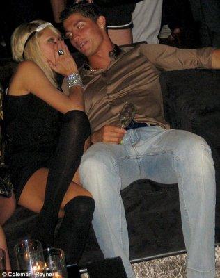 Криштиану Роналду отпраздновал свой переход в Реал...