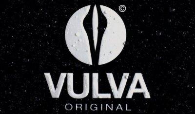 Рекламная кампания парфюма VULVA → 99 франков