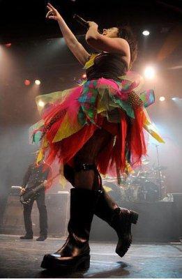 """Evanescence возвращаются на сцену на """"секретном"""" шоу в Нью-Йорке"""