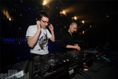 Above & Beyond - Live at Club Essential Riga (11-12-2009)