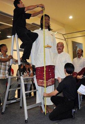 Самый высокий человек в Индонезии
