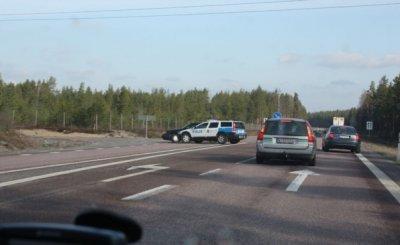 Шведские полицейские настолько суровы... (7 фото)