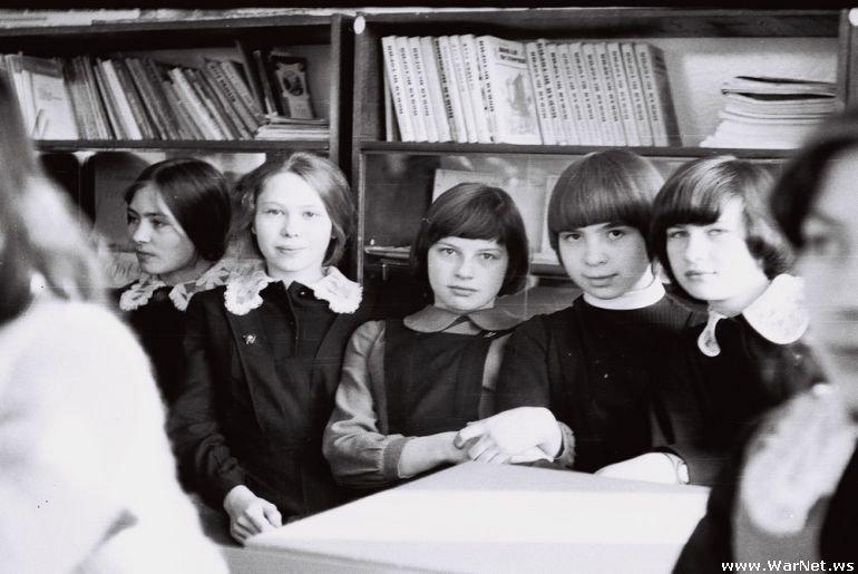 Школьные фотографии из СССР (21 штука)