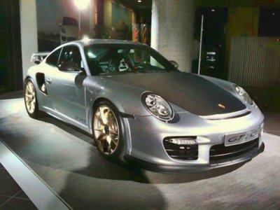 Porsche представляет 911 GT2 RS