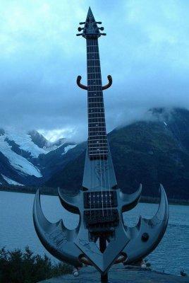 Разорви меня господь, это гитары??? 20 фото