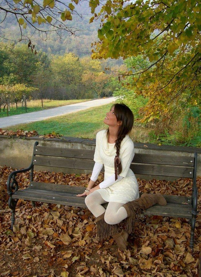 красивые девушки осенью фото брюнетки