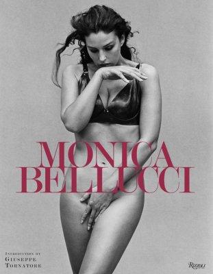 Моника Белуччи выпустила книгу