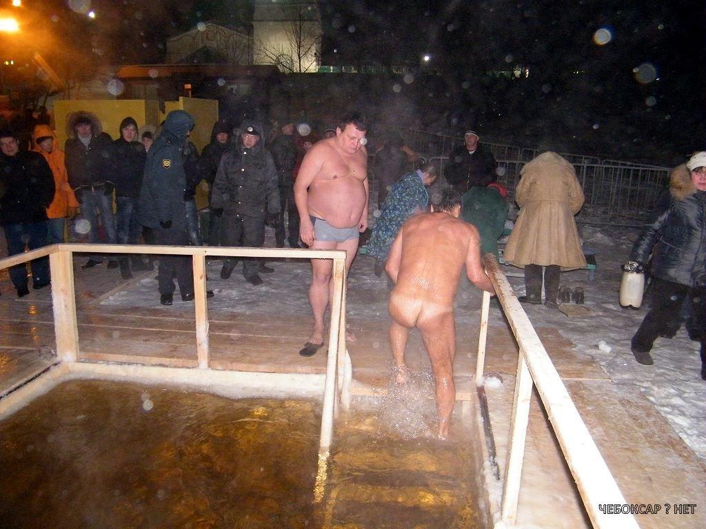 видео купание ночью голышом
